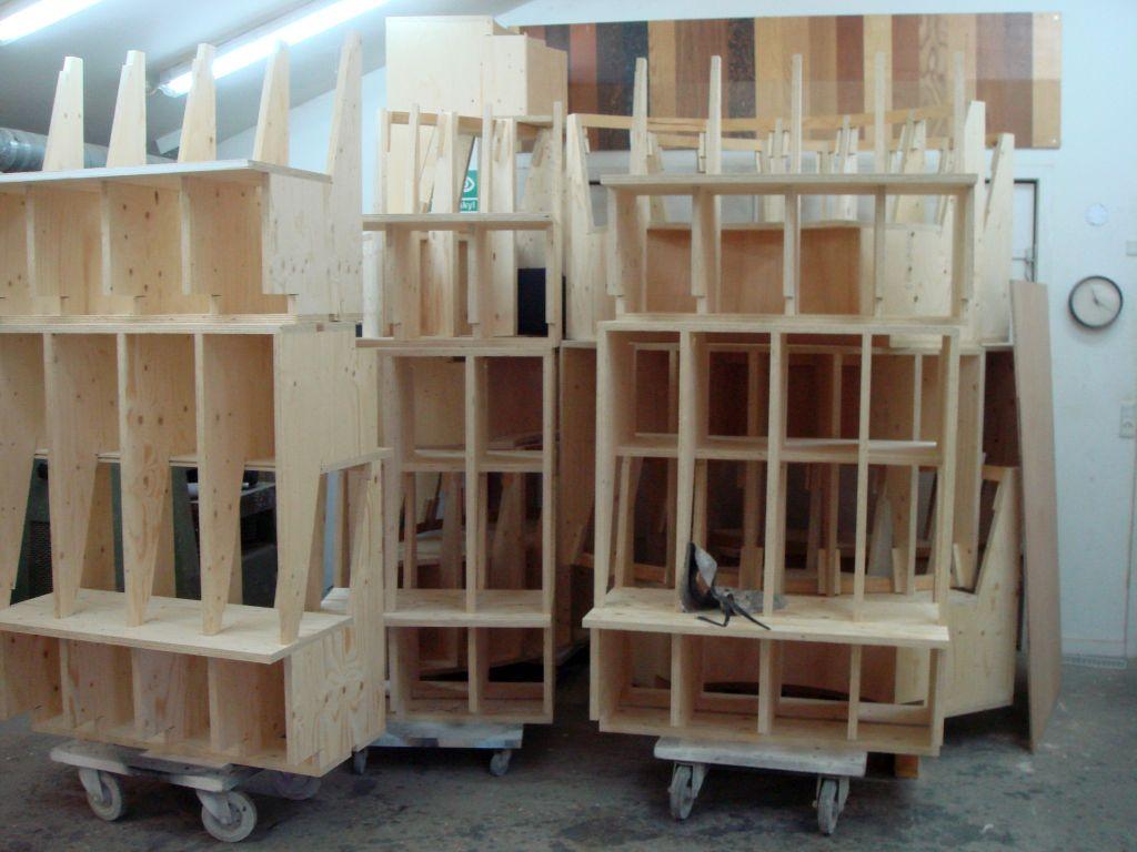Masseproduktion af sofa elementer til Remees Natklub Zen