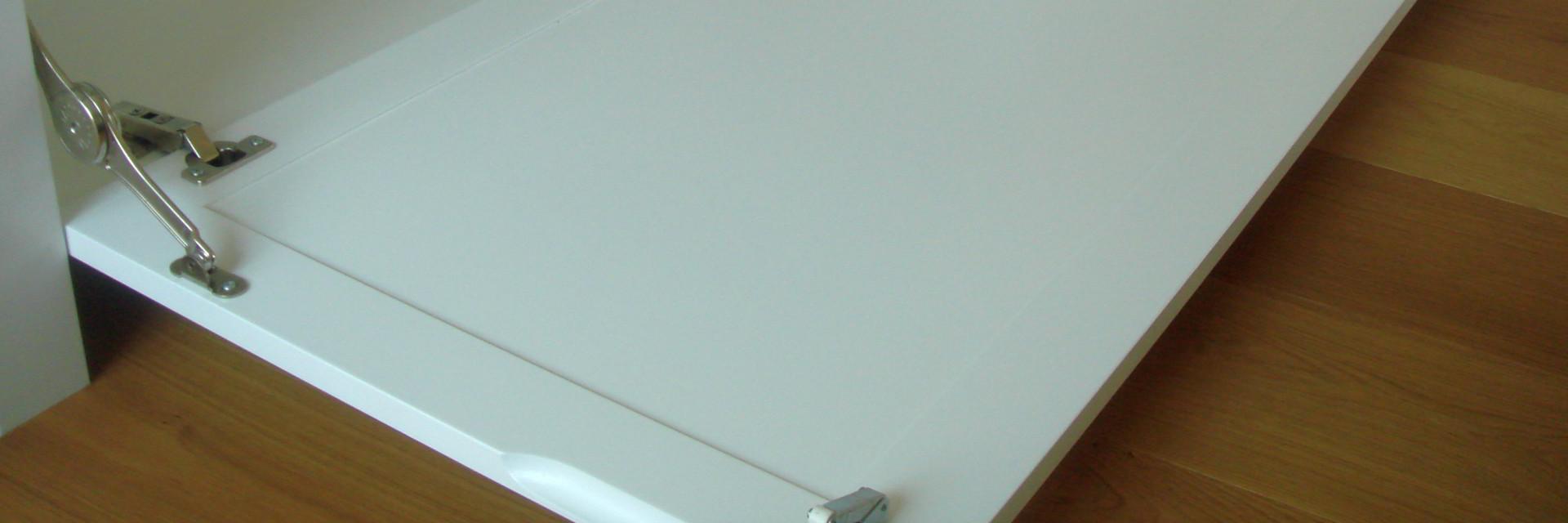 TV møbel med push-open-system udsnit 2 af 2