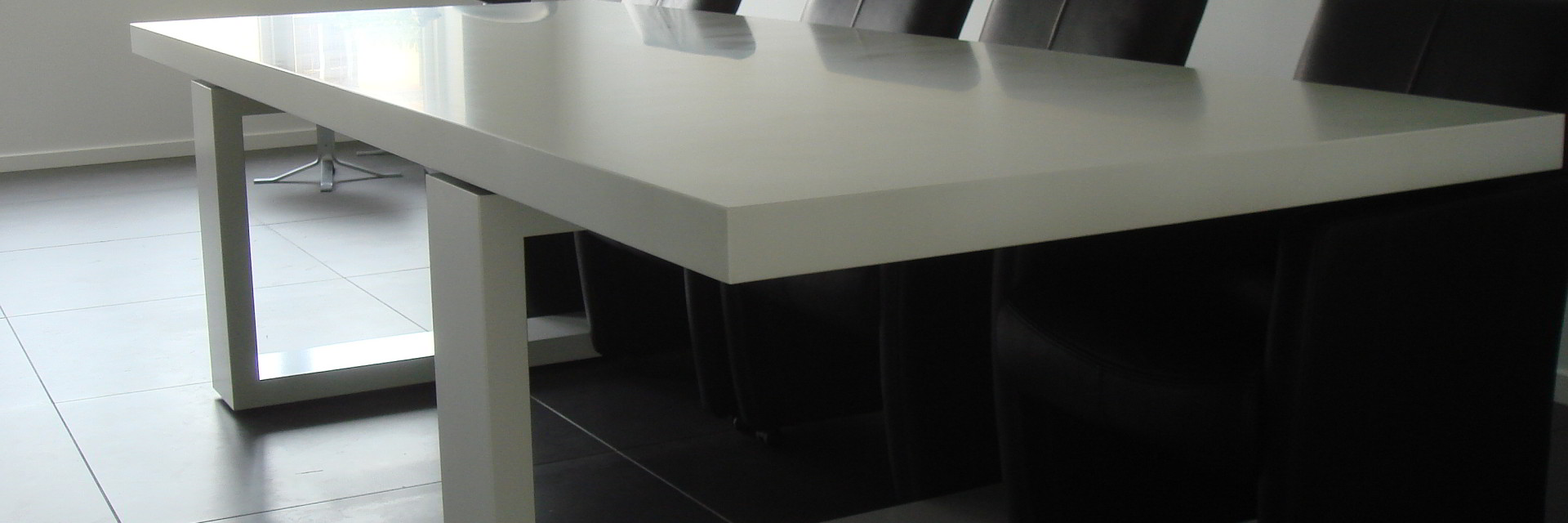 Kæmpe stuebord