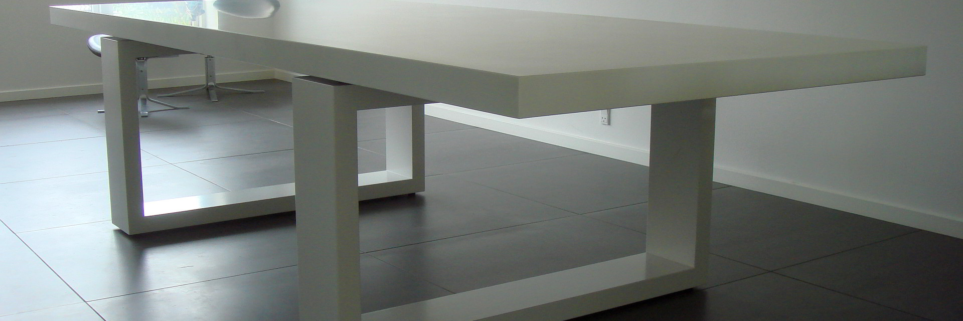 Solid Surface Spisebord 400 kilo
